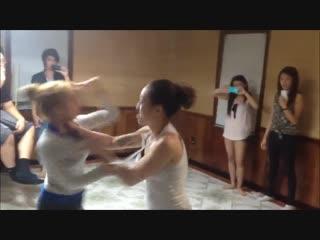 Asian girls catfight