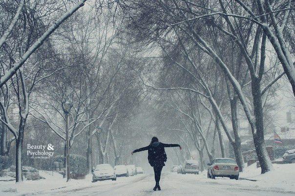 И что тревожило, теперь не беспокоит. Как будто снегом замело.