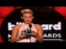 Miley Cyrus presents Justin Bieber Award Best Male Artist 2013 Billboard Music Awards