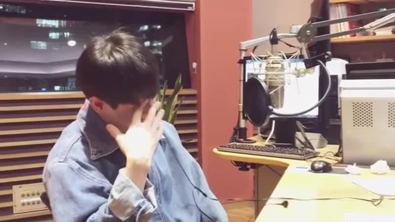 Instagram post by 양요섭의 꿈꾸는 라디오 • Oct 29, 2018 at 527 pm KST