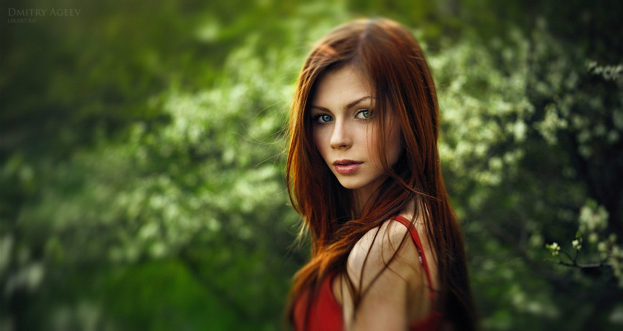 Рыжие девочки в красном платье 20 фотография