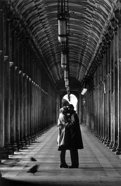 Снимки культового фотографа Джанни Беренго Гардина. Италия.