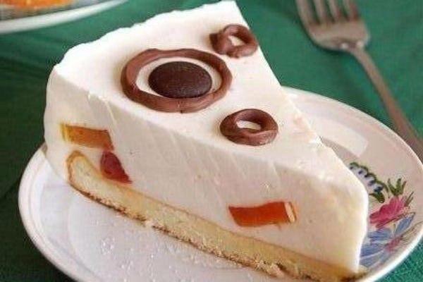 «Торт со сметаной и печеньем»
