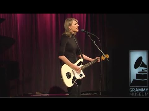 Taylor Performs Wildest Dreams at The GRAMMY Museum