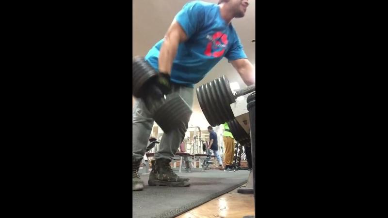 E.faris 👍🏽 Train back muscle 🔥🔥🔥. 2