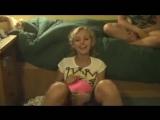 German Lisa плучает оргазм от подушки-вибратора))))))))