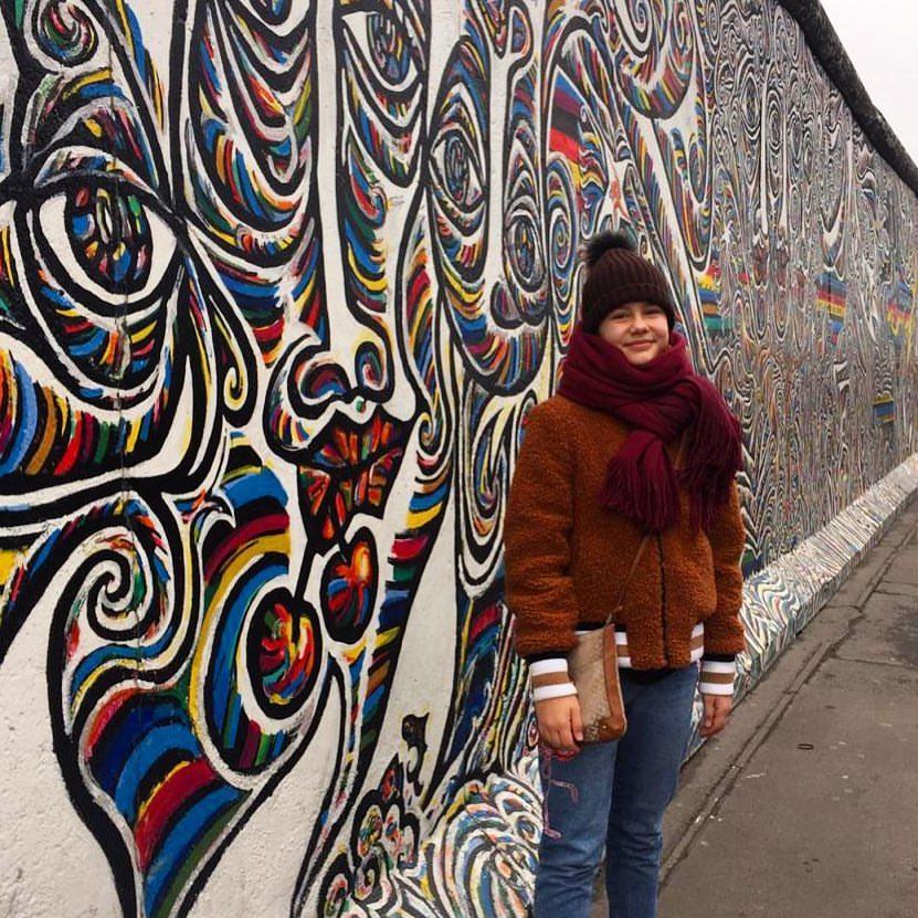 Maria Mirova - Page 9 SNhoiP4UIOA