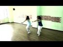 Девочки классно танцуют