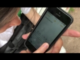 Демонстрация набора текста на экране смартфона
