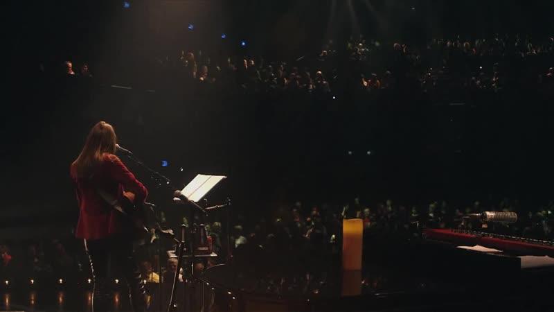 Carla Bruni - Quelqu'un ma dit (à l'Olympia)