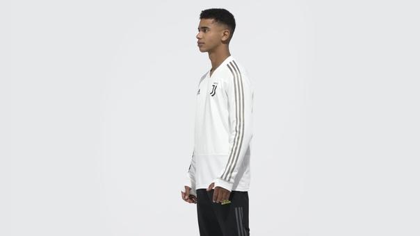 Футболка Adidas JUVE TR TOP