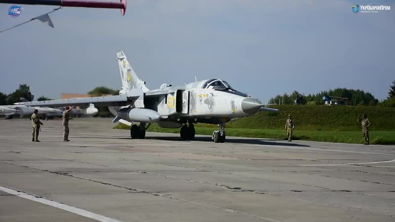 НАРП посилює міць Повітряних Сил- надзвукові розвідники та військово-транспортні літаки