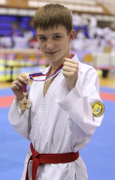 Артём Черенков, 23 сентября 1999, Новосибирск, id226603874