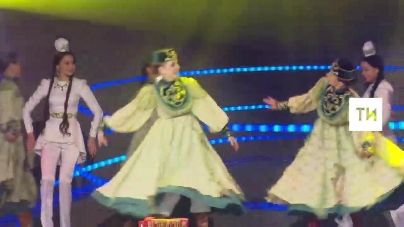 Булгар Кызлары и Ясмин Тальян гармун