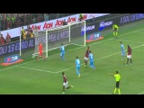 Balotelli first penalty missed vs Reina (Milan 1-2 Napoli)