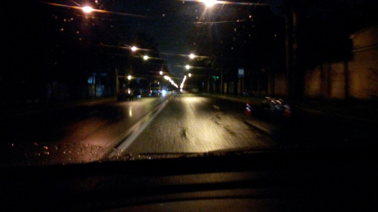 ВПетербурге ночью наПетровском проспекте насмерть разбился мотоциклист