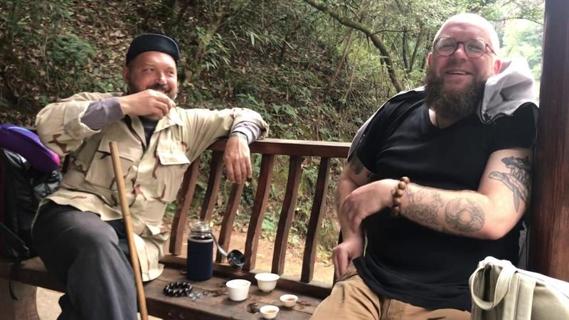 Сезон 3. Выпуск 9. Уишань. Утёсные улуны, старый чай и все такое.