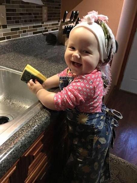 """Зашла в """"Вконтакт"""", музыку погромче и давай: стирать, убирать, мыть, готовить......"""