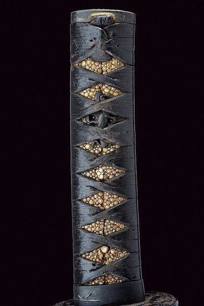 Черный красавец Вакидзаси Сложно оторвать глаза от такой красоты.XVIв.Япония
