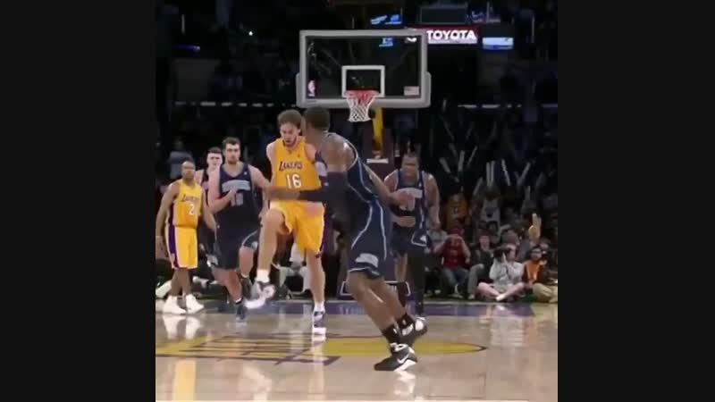 Pau trying to be a point guard😂