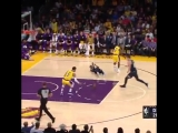 Lakers looking smooth in transition