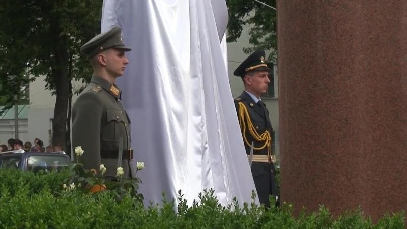 У Києві відкрито пам'ятний знак «Сто років прикордонній службі України»