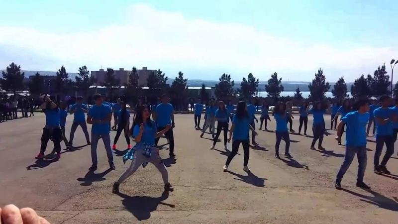 Flashmob Autism Gusttavo Lima No Twerk Qafqaz University