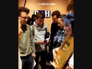 billie with her youtube golden play button