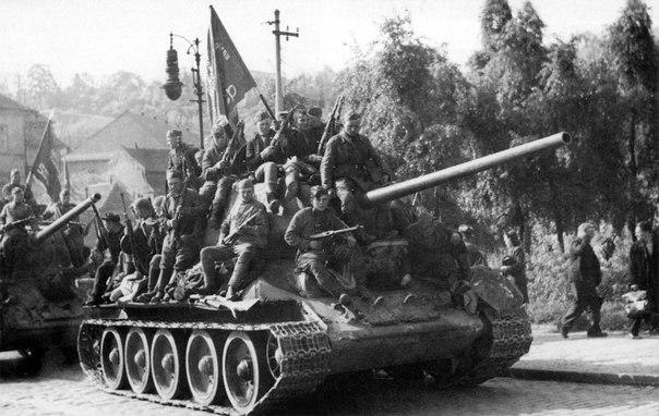 танки Т-34-85