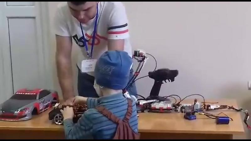 Уроки по Робототехники в отделении гематологии РДКБ г. Уфы