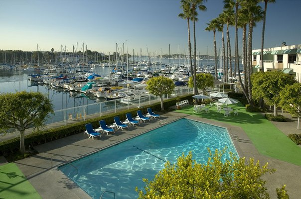 Marina del Rey - крупнейшая в мире рукотворная гавань для яхт