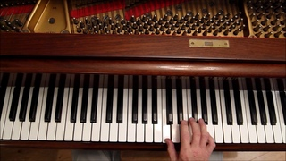 Ear Training (Beginners) : Using the Diatonic (Major) Scale, (A guide to improvising by ear).
