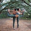 Кимми и Крисси – две сестры, как две капли похожие друг на друга…
