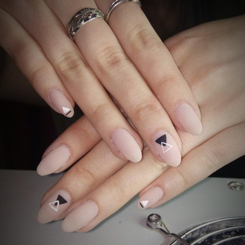Poer nail