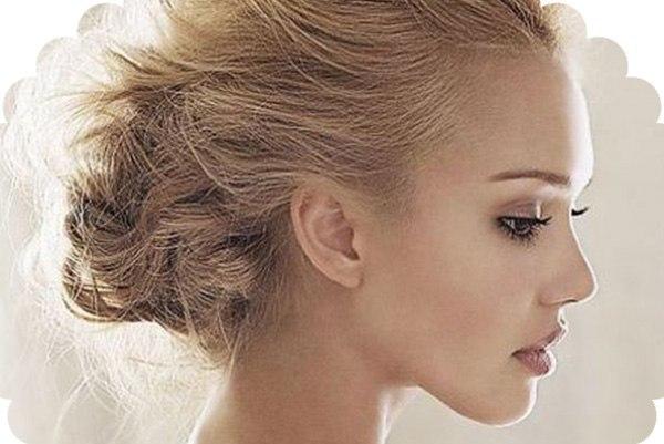 фото девушки блондинки в профиль