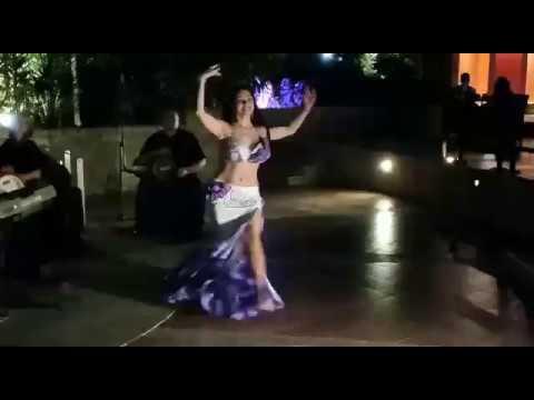 Emily Bellydancer- Fi youm we Leila. Cairo live band