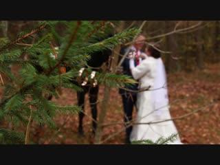 Прогулка в Дудинке Виктор & Светлана. Листья кружились в свадебном вальсе Осень дарила тёплые дни Будто в каком-то старинном ром