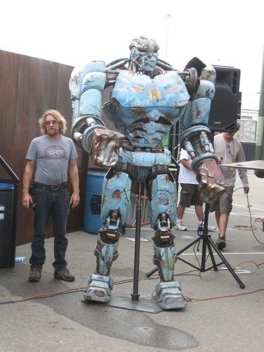 Как сделать робота из фильма живая сталь из бумаги