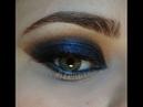 Очень яркий чёрно-синий макияж с палеткой Smoked