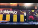 Акробатика и прыжки на батуте в батутном центре Джампвэй