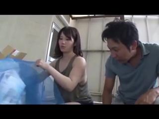 Hot braless and sideboob girl clean garbage