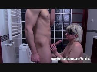 Grey haired stepmom fucks her bathroom jerking stepson