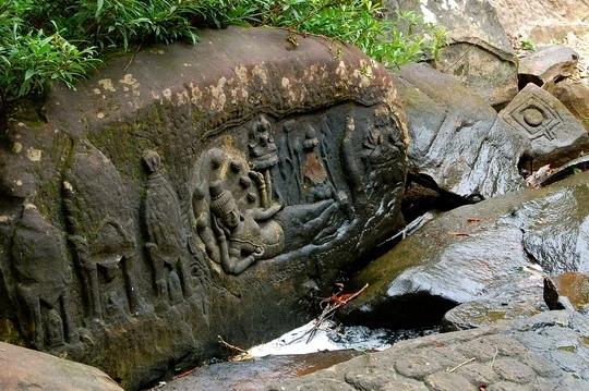 Махендрапарвата - затерянный древний город в джунглях! Одной загадкой в нашем мире стало меньше. В джунглях Камбоджи был найден древний город, который носит название Махендрапарвата.В 2013 году