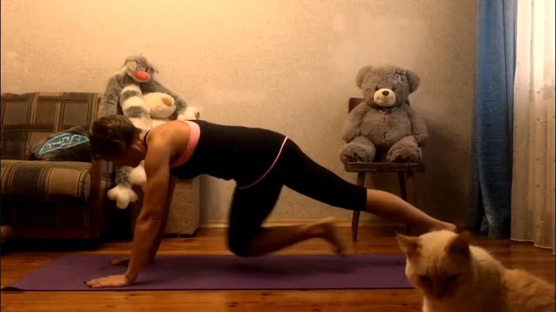 Фитнес дома. 5 полезных упражнений в планке.