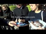 Ana De Armas signing autographs in Paris