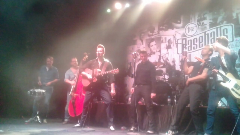 The Baseballs - Baby Lets Play House (Elvis Presley cover)