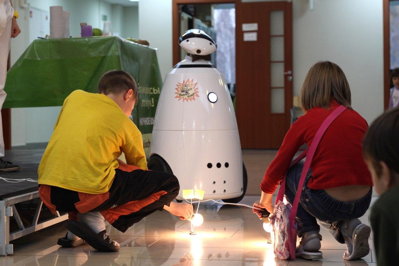 Гигантские человекоподобные боевые роботы