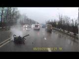 В Краснодаре в ДТП с грузовиком погибла беременная женщина