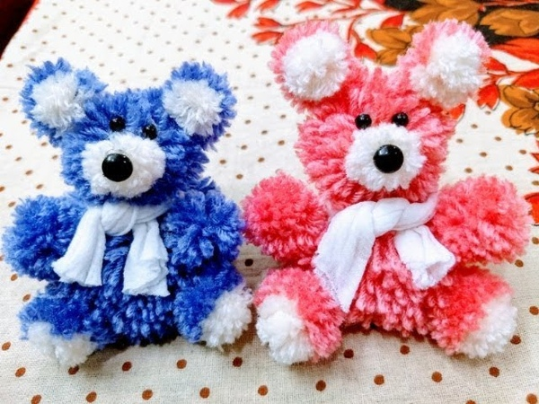 How to make pompom teddy bear with wool/diy Valentine's day gift idea
