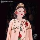 Этот художник фотошопит диснеевских принцесс к телам селебрити. Получается очень круто!